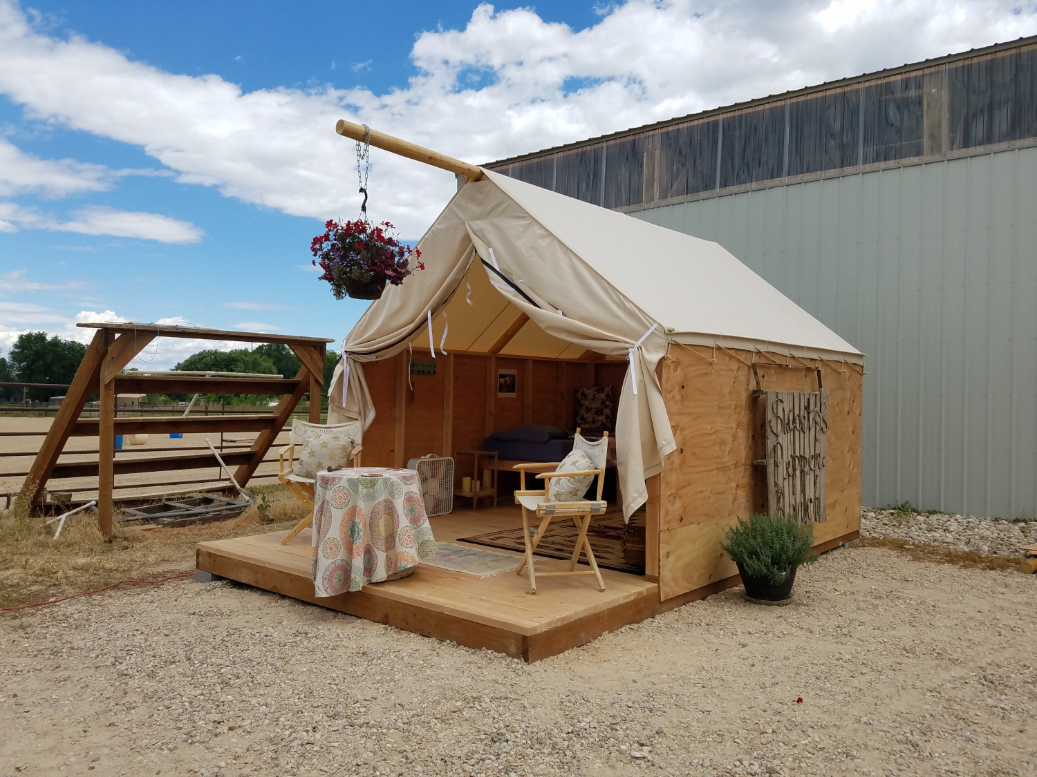 Glamping Tent – Sweet Pepper Ranch